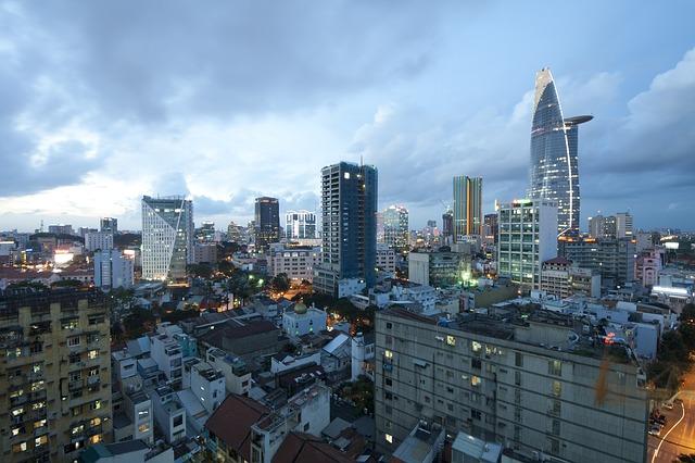 ho-chi-minh-city-1556418_640
