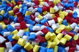 plastic-1061731_640