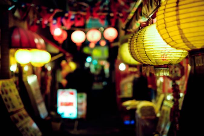 タイ、現地採用、高卒可、学歴不問、語学力不問、日本語のみOK、日本人、求人、居酒屋、メンバー、3