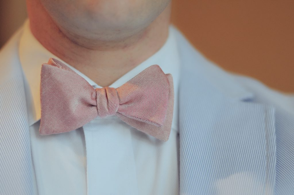 bow-tie-businessman-fashion-man-1