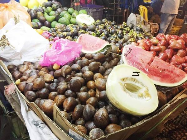 マレーシア、海外転職、海外就職、食生活、朝食、フルーツ、1
