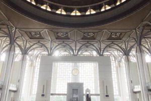 マレーシアのモスク巡りは定番!