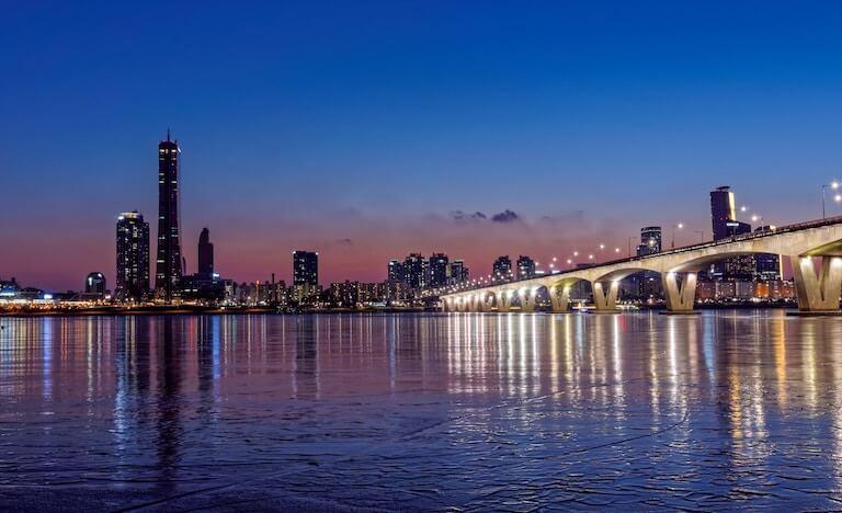 韓国 夜景