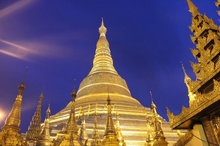 ミャンマー 夜景 パゴダ