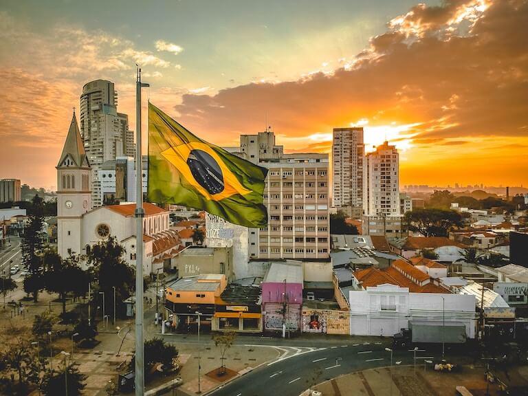 ブラジル 国旗 街並み